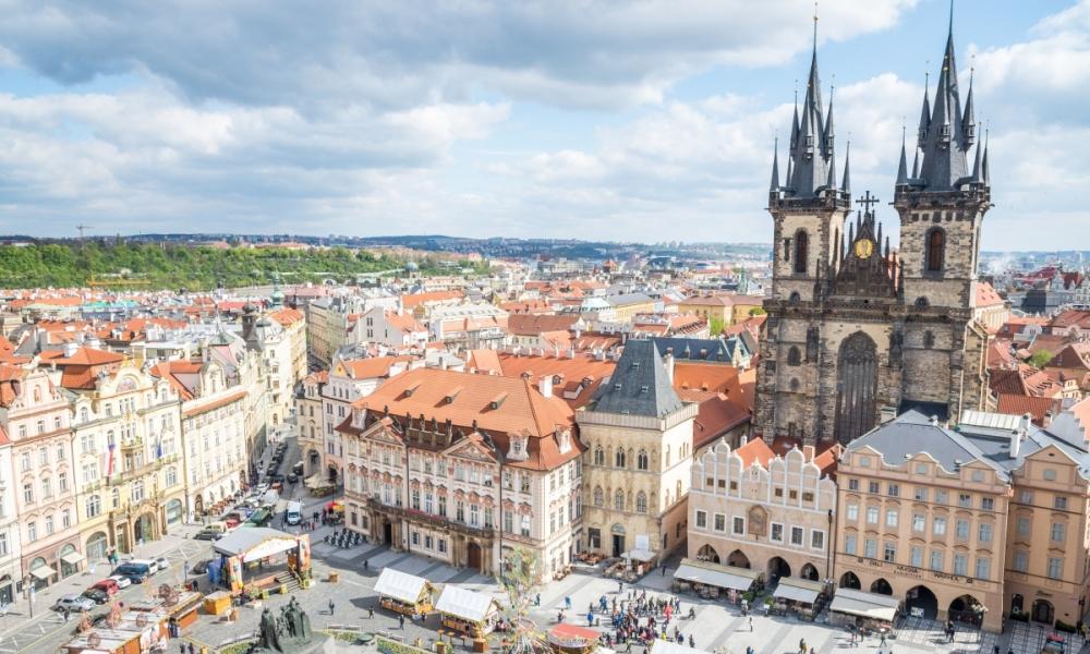 8 países  (Republica Checa, Áustria, Eslováquia, Hungria, Croácia, Eslovénia, Itália, Alemanha)
