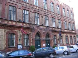 Osterreichisches Gesellschafts - Und Wirtschaftsmuseum