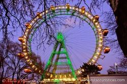 A roda gigante e a sua praça (Viena)