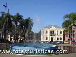 Garibaldi Square (Antônio Prado)