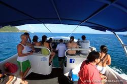 Paseo en barco a bordo del proyecto Navi - Fernando de Noronha.