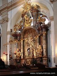 Igreja da Nossa Senhora da Vitória - Menino Jesus de Praga