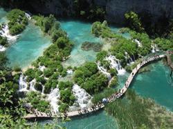 Parque Nacional de los Lagos de Plitvice (Zagreb)