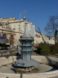 Praça Miklos Ybl (Budapeste)