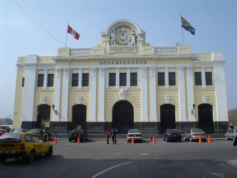 Gare de Desamparados