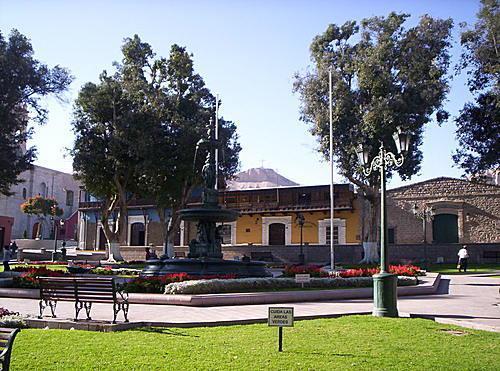 Place principale de Moquegua