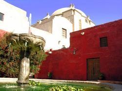 Templo y Convento de Santa Catalina