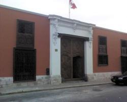 Casa 13 Monedas