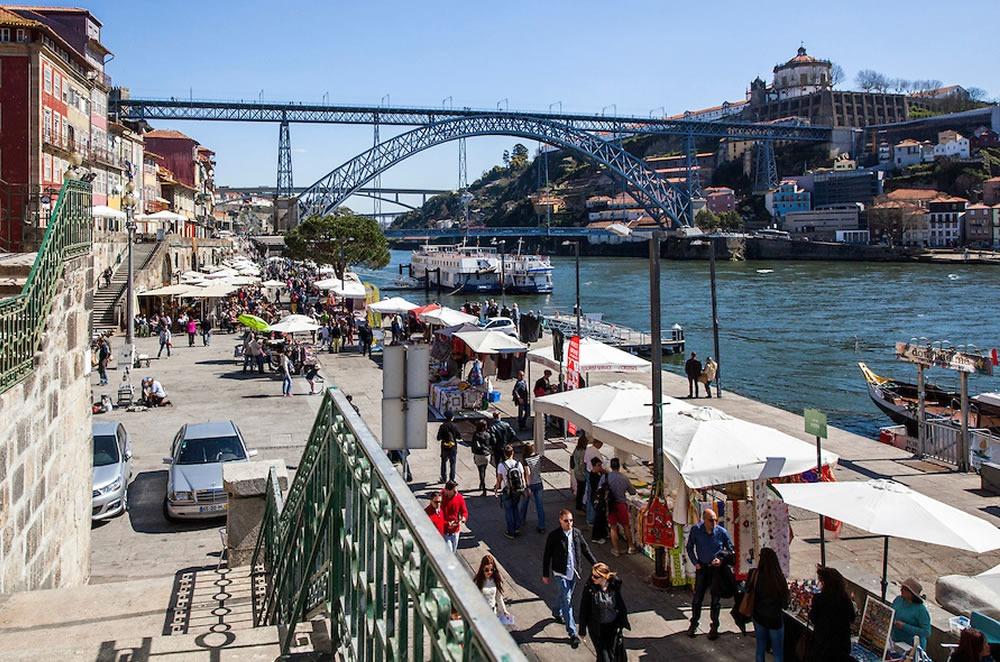 Praça da Ribeira (Porto)