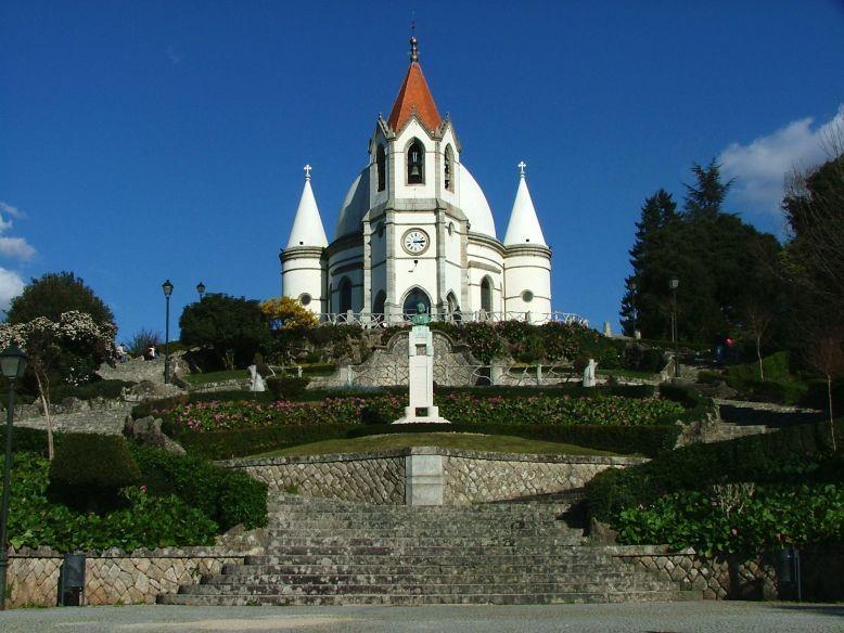 Santuário de Nossa Senhora da Piedade e Santos Passos (Igreja do Sameiro)